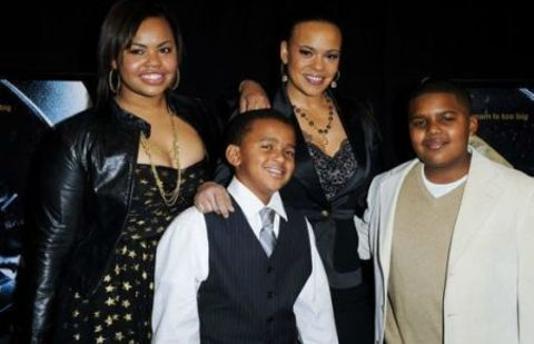 Chyna Tahjere Griffin with her mom Faith Evans and her half-brothers , Ryder Evan Russaw and Joshua Russaw