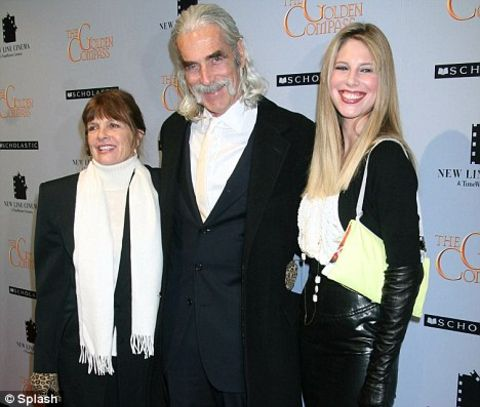 Katharine Ross poses a picture with her daughter and husband.
