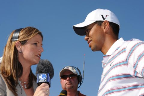 Kelly Tilghman interviewing Tiger Woods.