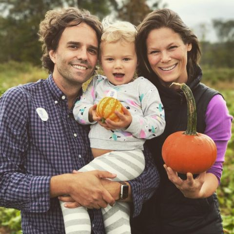 Serena Altschul poses with her husband and son.