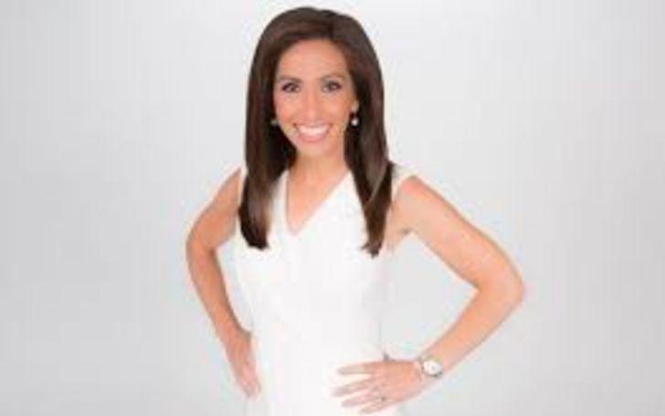 Lauren Simonetti has a net wort hof $2 million.