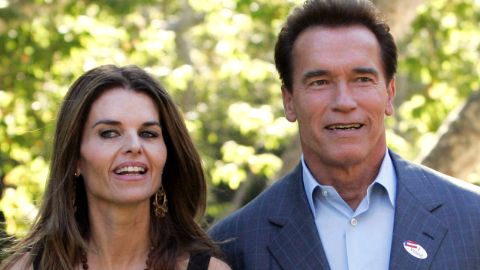 Mildred Patricia Baena's out of wedding son's father Arnold Schwarzenegger poses with his wife Maria Shriver.