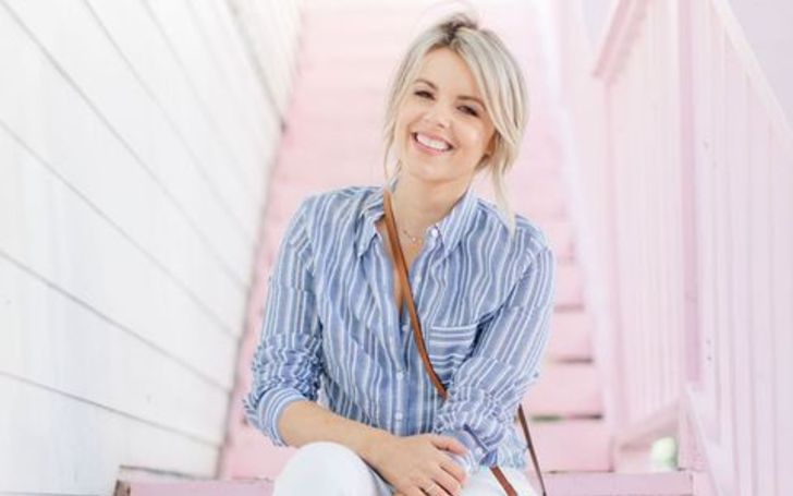 Talking about Ali Fedotowsky's financial status, she has garnered an impressive net worth of $700,000, as of 2020.