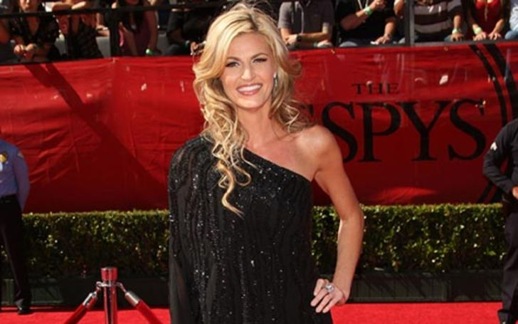 Wendi Nix is the NFL Live reporter on ESPN