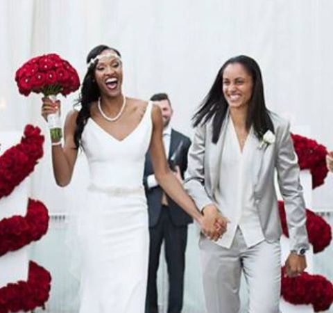 The 34-years-old, Candice Dupree is happily married.