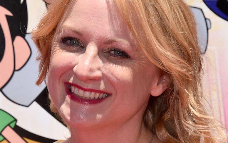 The veteran voice actress, Hynden Walch is millionaire.