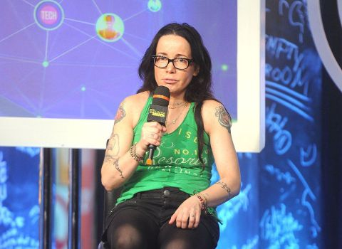 Janeane Garofalo can be seen in more than 50 movies till date