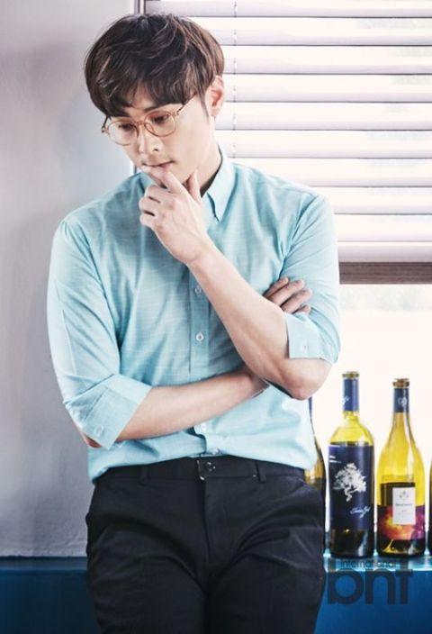 Min Kyung Hoon is a South Korean band member