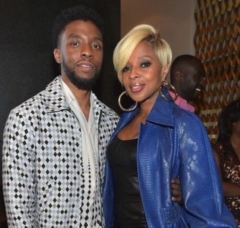 Mary J. Blige listed her 18,000-square-foot home for $6.8 million, almost half of what she paid when bought it.