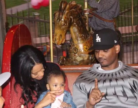 Ava Marie Jean Wayans with her parents