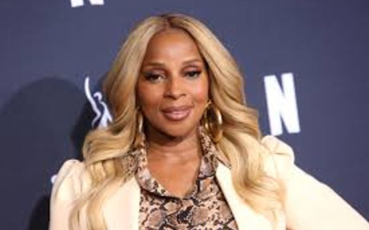 Mary J. Blige (Born on January 11, 1971) is a renowned American singer-songwriter, actress, and philanthropist is rich.