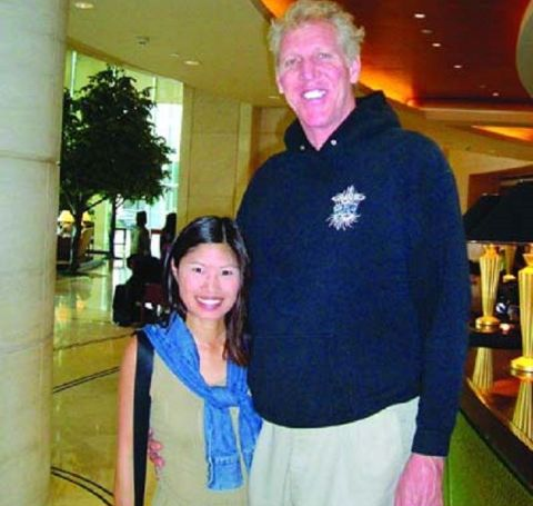 Lori Matsuoka's better-half Bill Walton was previously married to Susan Guth.