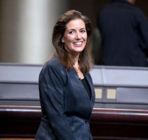 Libby Schaaf co-founded Oakland Care a non-profit organization that organized and implemented hundreds of volunteer community improvement projects across the city.