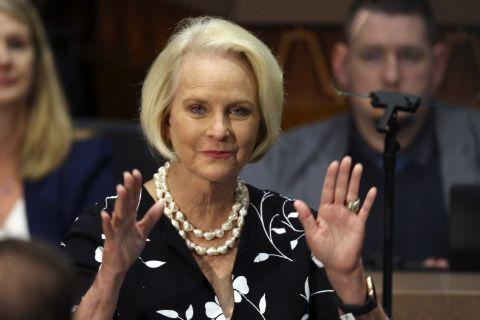 Cindy McCain has $400 million net worth
