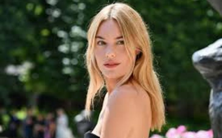 The french model Camille Rowe is a millionaire.