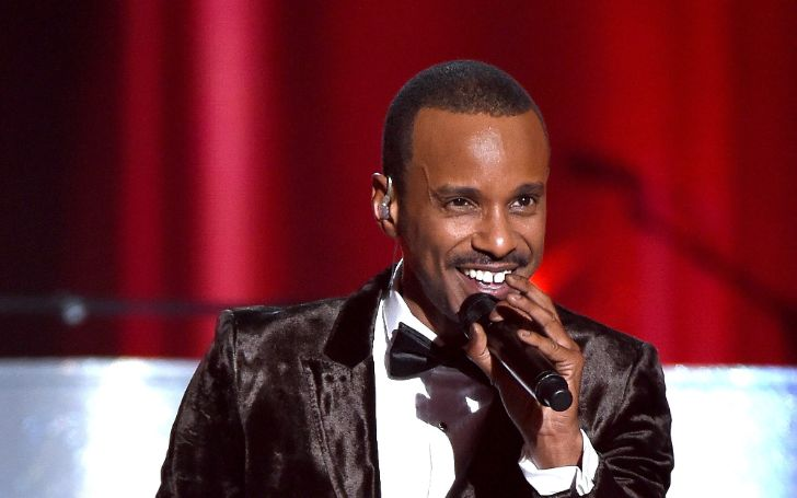 The veteran singer/songwriter and actor Tevin Campbell has a million worth net worth.