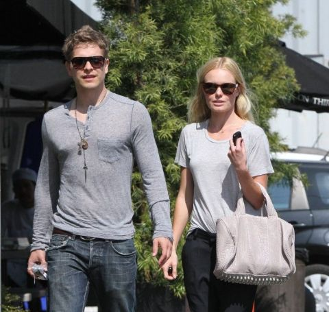 Matt Czuchry shared a romantic relationship with his fellow Young Americans' cast, Kate Bosworth.