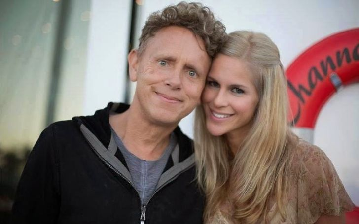 The mother of two daughters Kerrilee Kaski is second spouse of the English musician and singer, Martin Gore.