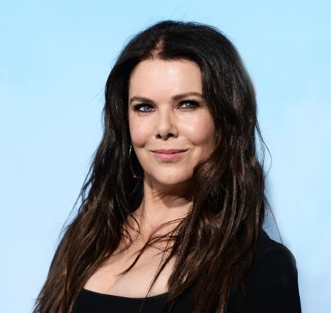 Lauren Helen Graham was born on March 16, 1967, in Honolulu, Hawaii, to her mother, Donna Grant, a fashion buyer, and her father, Lawrence Graham, a candy industry lobbyist who has been president of the National Confectioners Association.