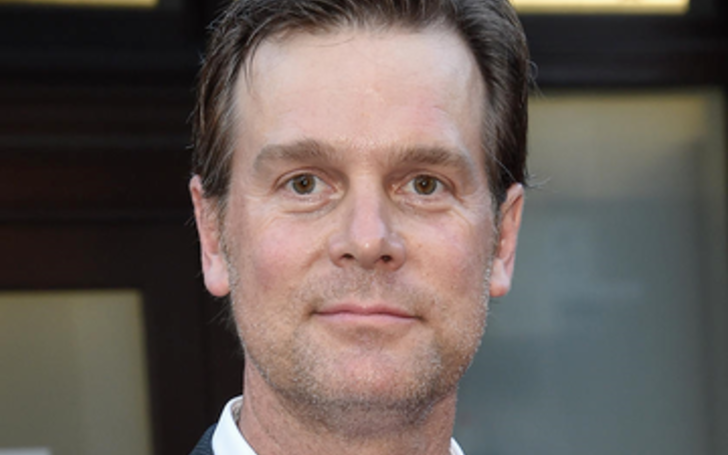Born on August 12, 1965, Peter Krause is an American television and film actor who succeeded in accumulating a massive net worth over the years through his hardship.