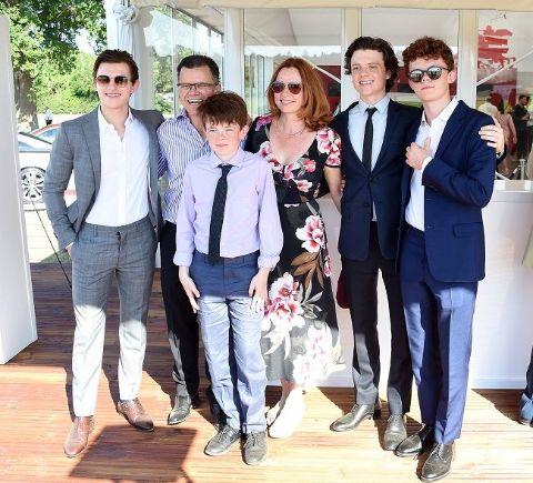 Nicole Elizabeth Frost family photo