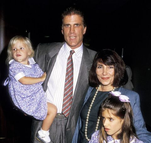 Alexis Danson with her adoptive parents Ted Danson and Casey Coates and her elder sister Kate.