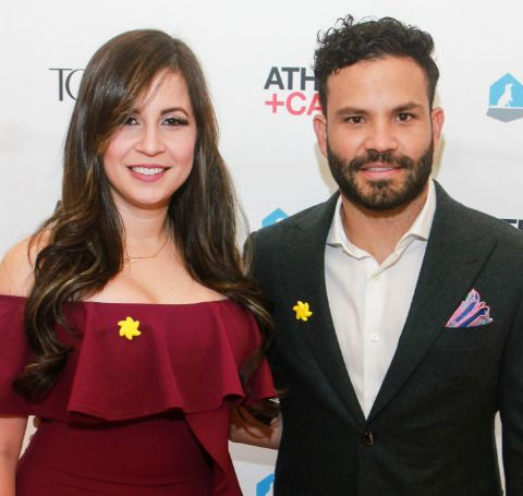 Nina Altuve, 28, with her better-half, Jose, 30, who is a millionaire worth MLB star.