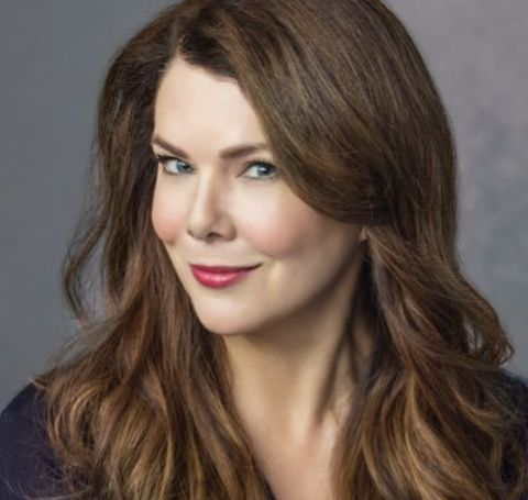 Those interested in learning about Lauren Graham's net worth let us break it down to you that she is a millionaire.