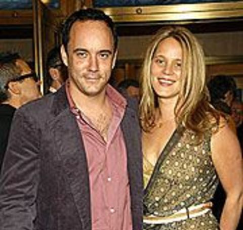 The lovely couple, Jennifer Ashley Harper and Dave Matthews, met years ago before they tied the nuptial.