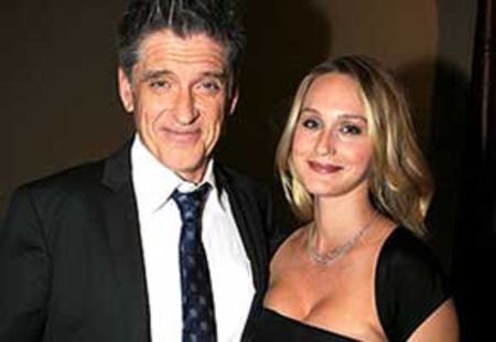 Craig Ferguson filed divorce in 2004 against Sascha Ferguson.