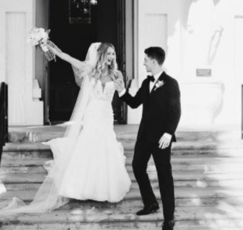 The lovely couple, Jesse Callahan and his famous wife Sarah Ashley (Sarati) shared their vows in June 2019.