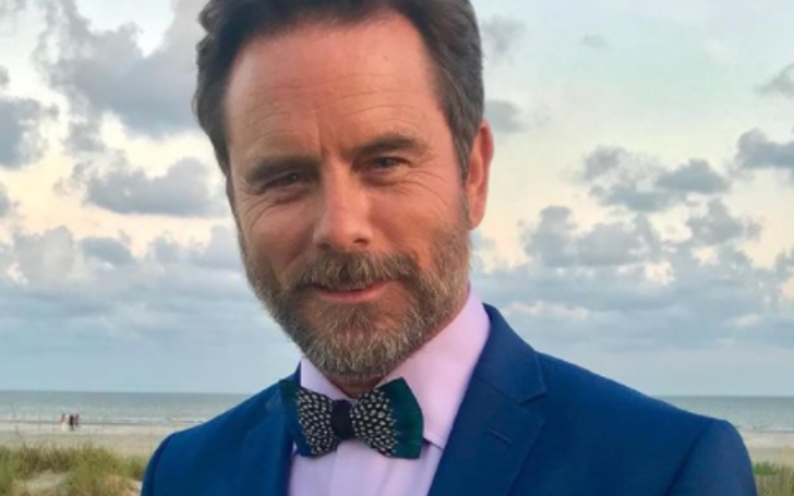 Charles Esten had a keen interest in singing-songwriting and acting.