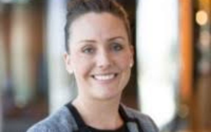 Kate Goggins resides in Australia with her maternal family and son.
