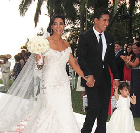 The 38-year-old beautiful Courtney is married to Mario Lopez.