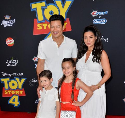 Courtney Mazza is mother to her three children Gia, Dominic, and Santino Lopez.