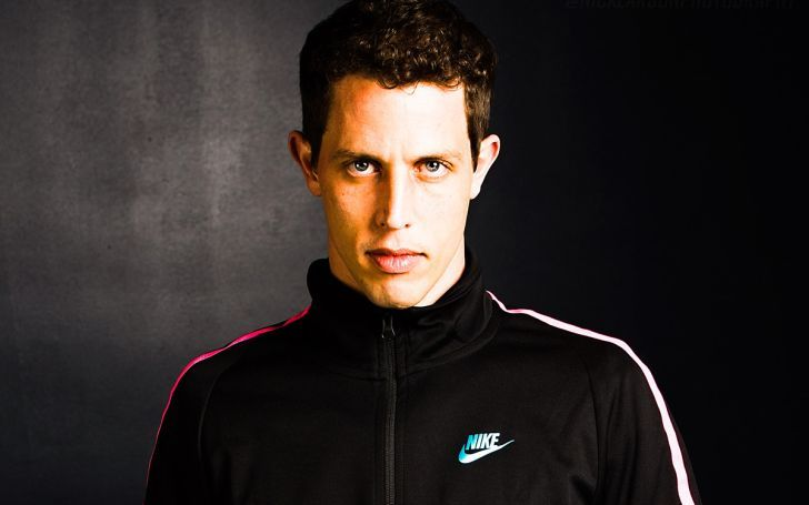Tony Hinchcliffe is an American comedian and writer who is a millionaire.