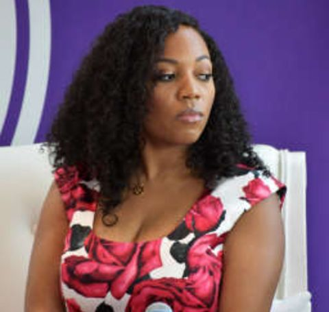 Kimberley Martin is earned her spotlight as an American journalist and hold a six-figure net worth.