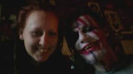 Amber Burch was involved in abusive relationship with Pazuzu for couple of years.