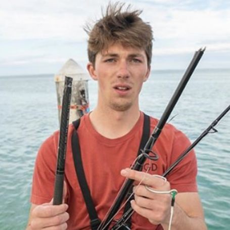 The 25-year-old popular fisherman Jon Barzacchini is no single and is having a healthy relationship with Monica Lowless.