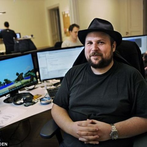 Professionally, Elin Zetterstrand is a Swedish-based artist and computer programmer; however, she's famous as the ex-wife of Markus Persson.