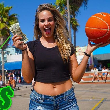 The YouTube star Jenna Bandy is a millionaire.