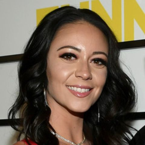 Melyssa Davies came to the spotlight after her romantic relationship with James Stephen Murray was made public; her lover Murray as many might know is an American Comedian and Impractical Jokers Star and a millionaire.