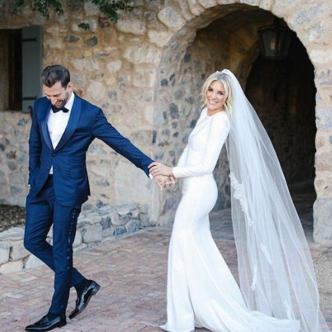 Charissa Thompson and Kyle in their engagement with a beautiful loos.
