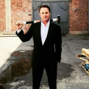 ABC's The Bachelor show host Chris Harrison is a millionaire.
