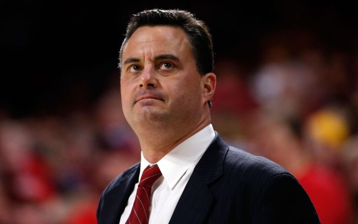 Born on November 17, 1968, in Ellwood City, Pennsylvania, Sean Miller is a millionaire.
